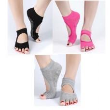 ถุงเท้าโยคะ กันลื่น 1คู่ มีให้เลือก 4 สี(ดำ ชมพู เทา ฟ้า)